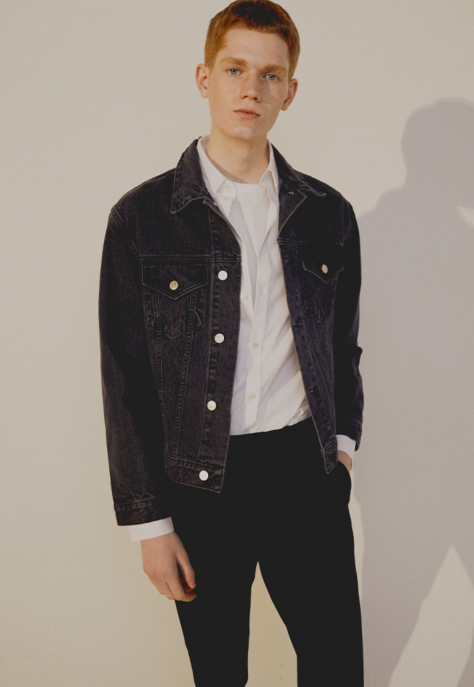 Musk Denim Jacket_ Black Washing