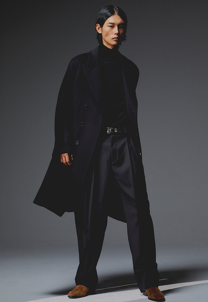 Curve Semi-Oversized Double-Pocket Coat_ Black