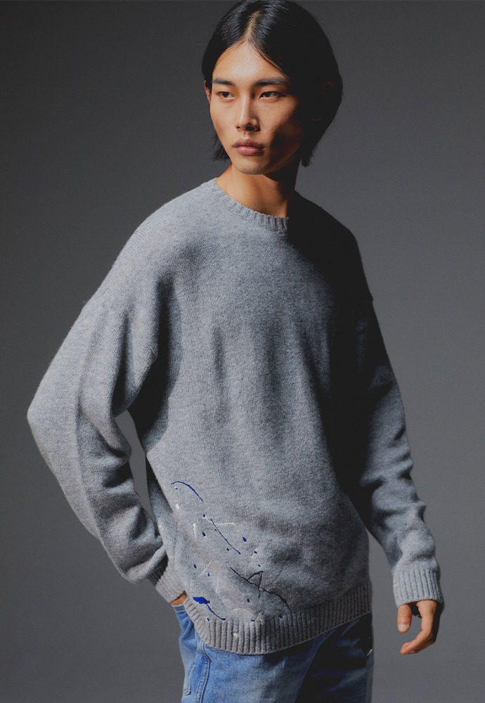 Paint-splatter embroidery Knit_ Grey